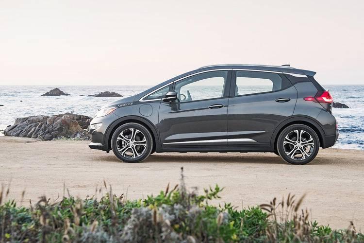 Chevrolet-Bolt_EV-2017-1600-10.jpg