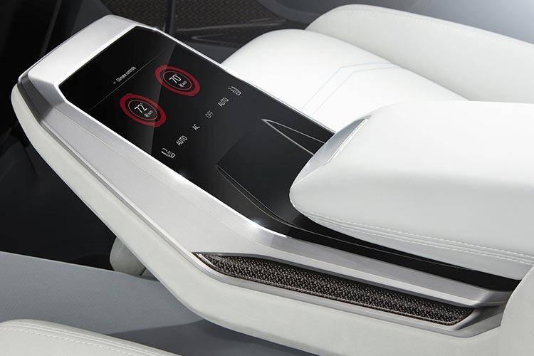 Audi-Q8_Concept-2017-1600-14.jpg