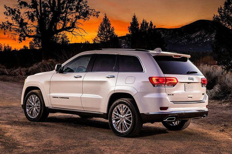 Jeep-Grand_Cherokee_Summit-2017-1600-05.jpg