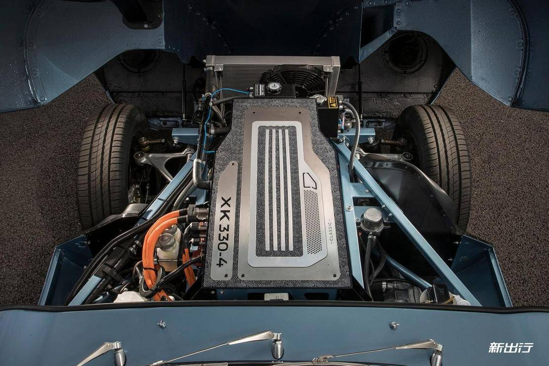 Jaguar-E-Type_Zero_Concept-2017-1600-0b.jpg