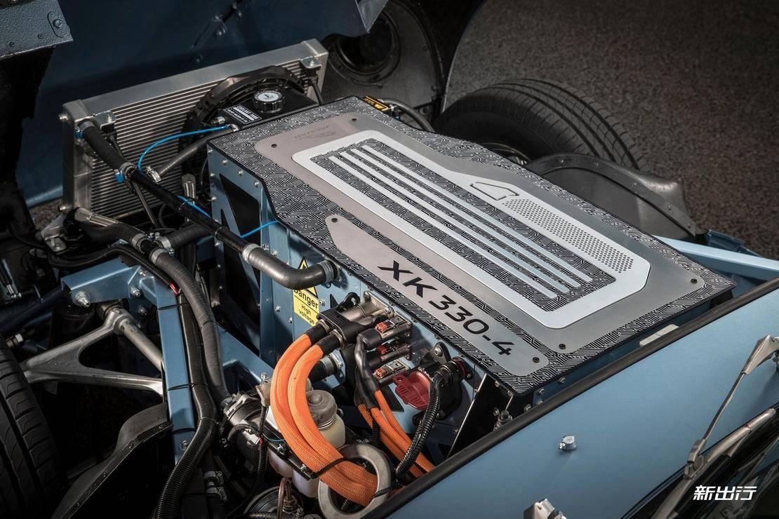 Jaguar-E-Type_Zero_Concept-2017-1600-0c.jpg