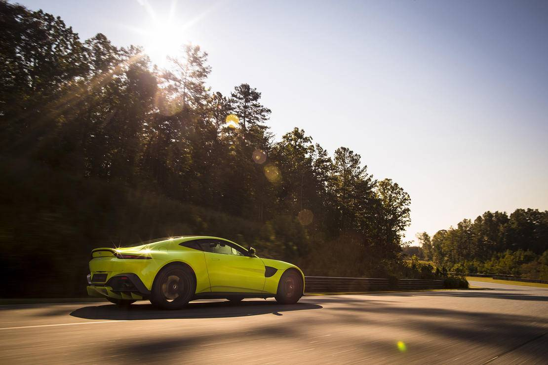 aston-martin-ceo-says-electric-sports-car-is-possible_4.jpg