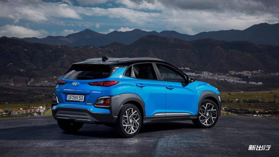 Hyundai-Kona-Hybrid-Euro-spec-rear-three-quarter-e1559597580846.jpg