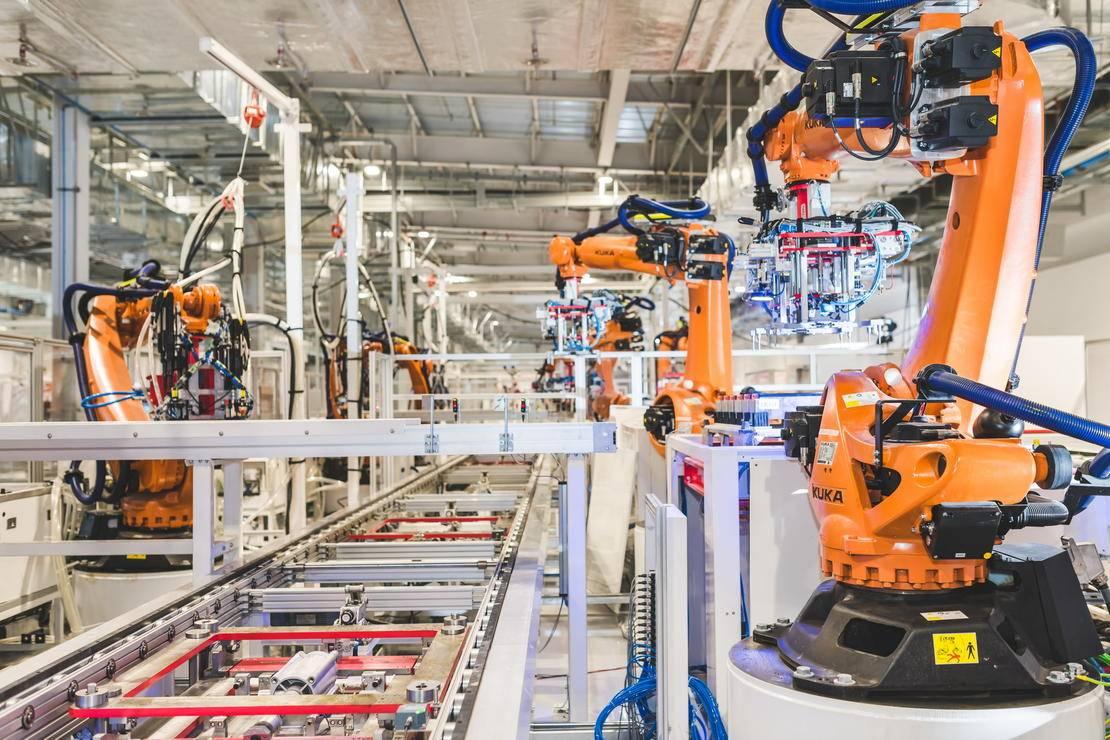 12-电池车间 采用视觉引导技术的机器手臂调试.jpg