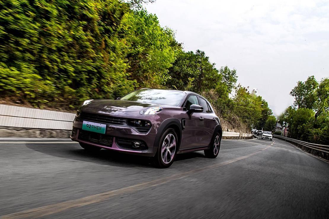 5领克PHEV家族带来低速静音、中速稳健、高速给力的驾乘体验.jpeg
