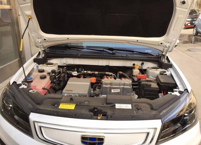 帝豪 2018款 EV450 尊贵型