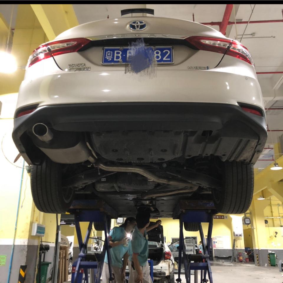 2018款 凯美瑞双擎 2.5 HG 豪华型