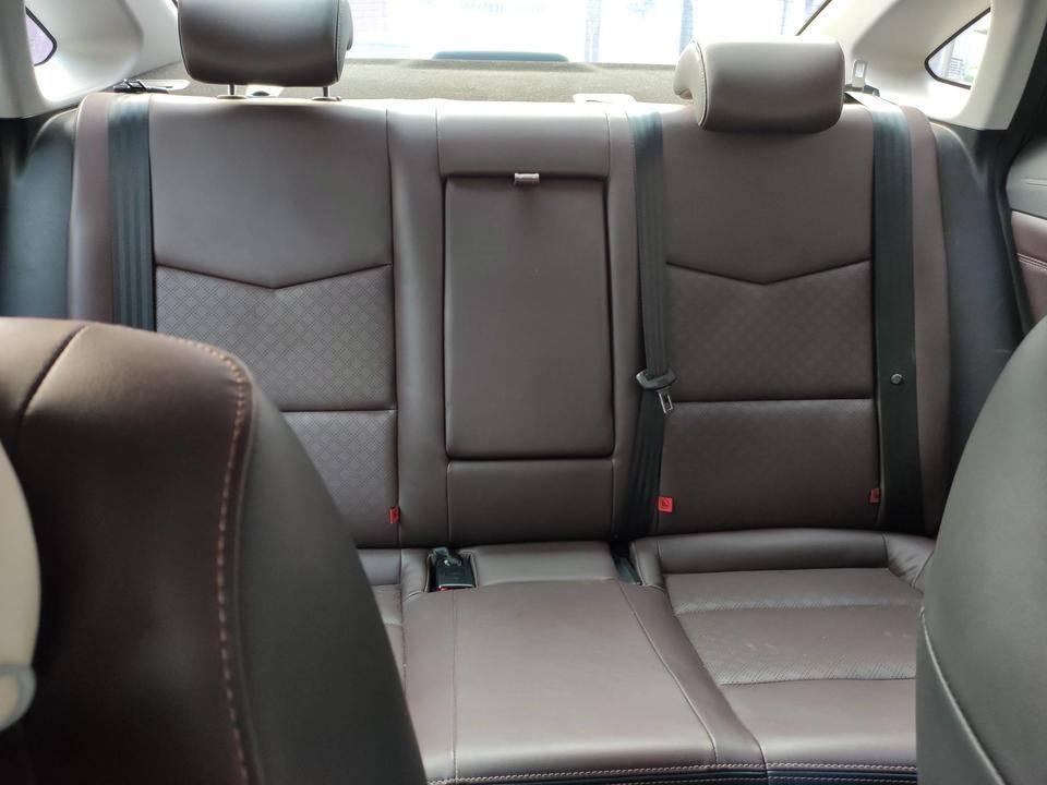 长安逸动 2019款 EV460 智领版